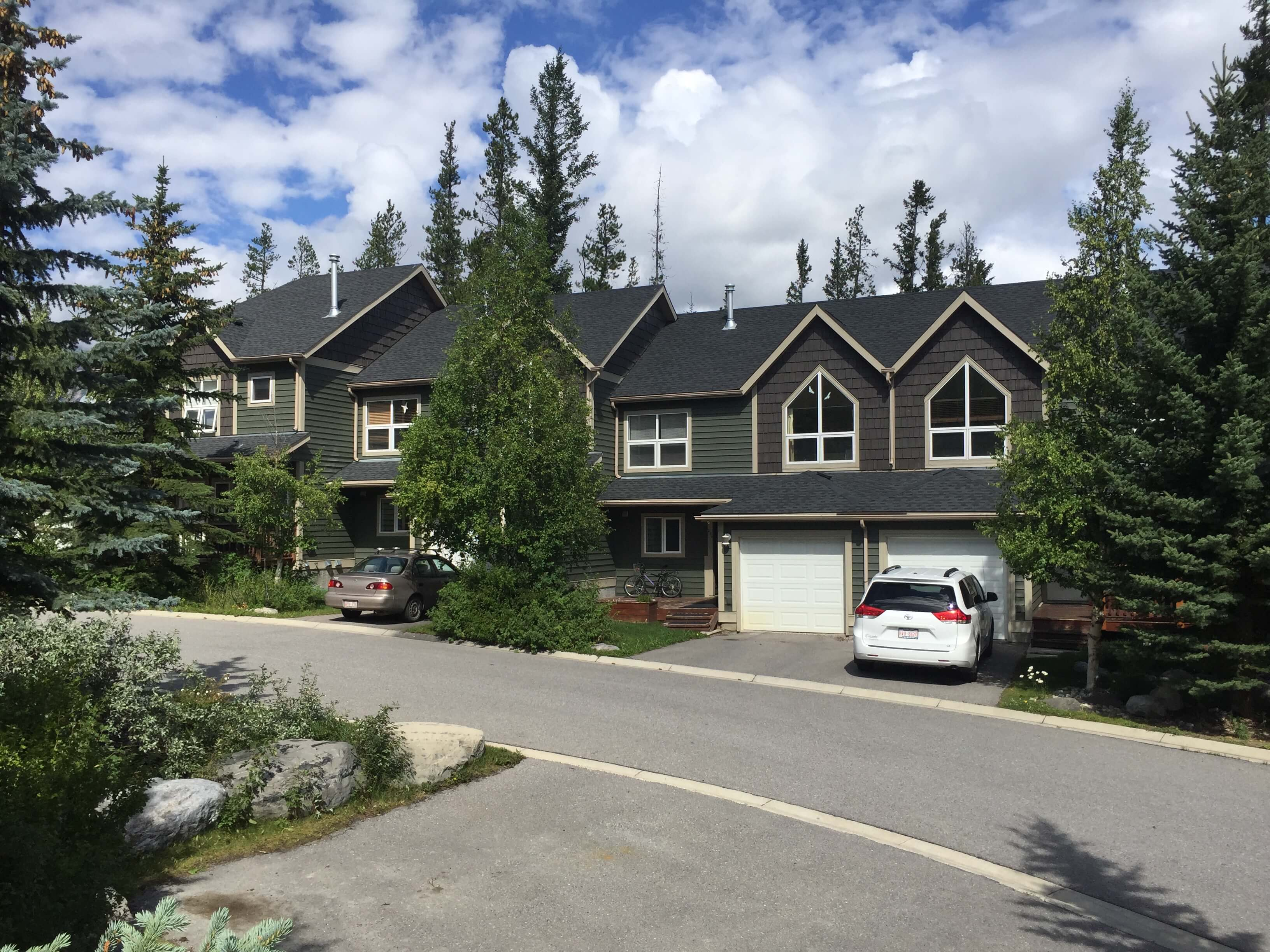 Exterior-Painting-Canmore-AB